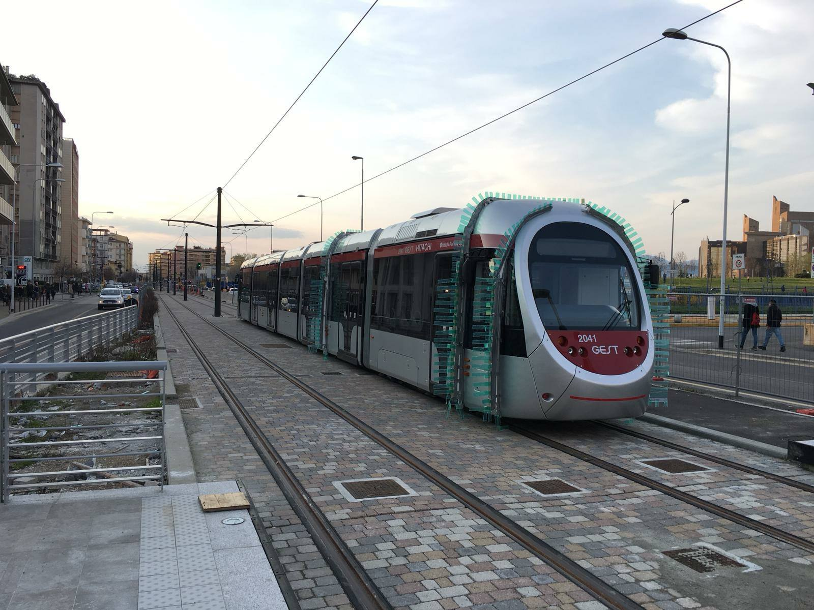 Photo of FIRENZE – Tramvia, continuano asfaltature e lavori lungo le due linee – VIDEO