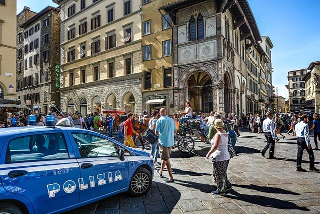 Photo of Turista americana nel mirino di due borseggiatrici, due 22enne bulgare arrestate a Firenze