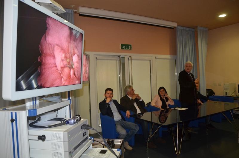 Photo of MONTEVARCHI – Il Calcit dona un colonna videolaparoscopica alla Gruccia