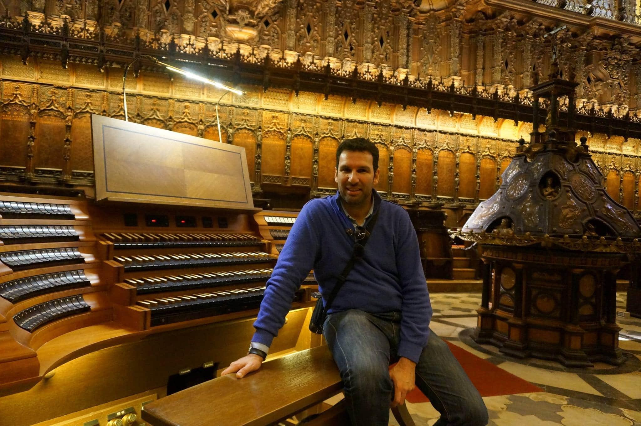 Photo of Da Torres a Bach – Ai Mercoledì Musicali dell'Auditorium Fondazione CR Firenze l'organista spagnolo Arturo Barba