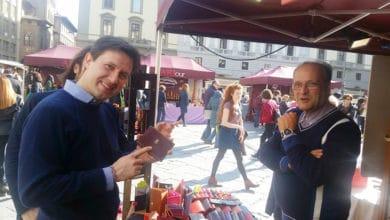 """Photo of Prima edizione di """"ARTour – Il bello in piazza"""" in Piazza S.Croce a Firenze"""