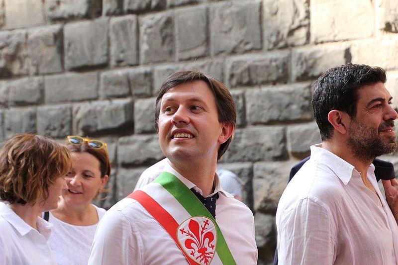 Photo of FIRENZE – Piano strade, Nardella promette 20 milioni per strade e marciapiedi