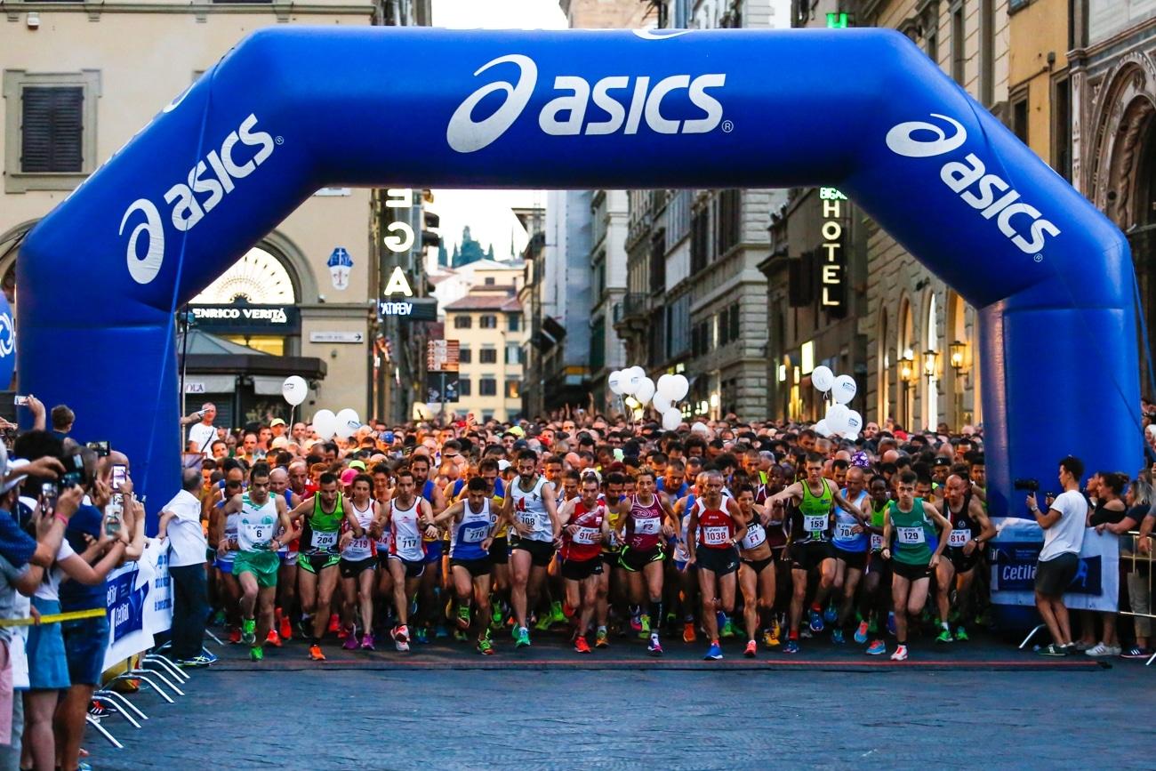 """Photo of Ancora poche ore per la Promo Pasqua per Firenze Marathon, """"Guarda Firenze"""" e """"Notturna"""""""