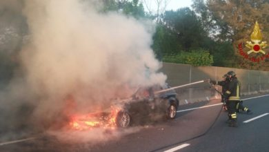 Photo of Incidente FiPiLi, auto in fiamme a Navacchio