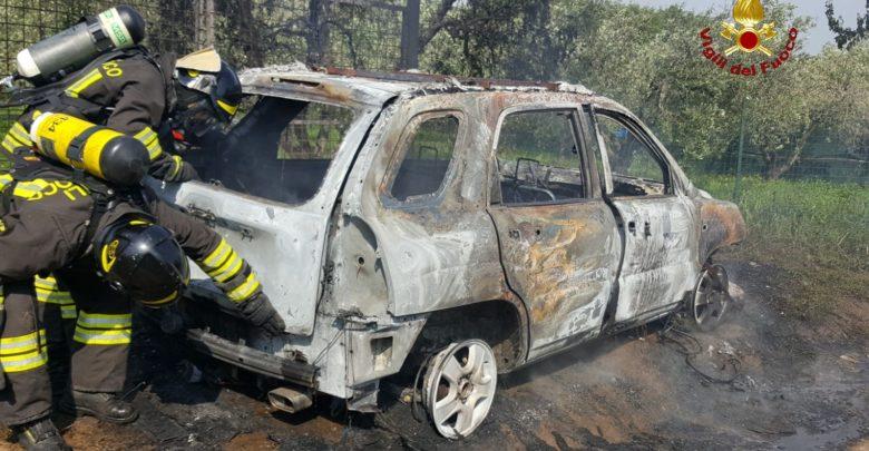 auto fiamme 2
