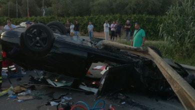 Photo of Auto si ribalta e si schianta sulla provinciale di Talamone, tre feriti