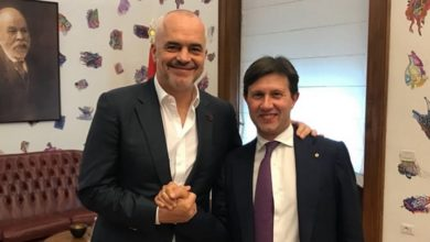Photo of Missione in Albania, il sindaco Nardella invita il premier Rama a Firenze