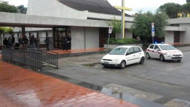 Photo of FIRENZE – Blitz anti bivacco della Polizia Municipale, sgomberata piazza Gino Bartali