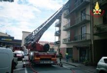 Photo of PRATO – In fiamme veranda in appartamento, 4 persone all'ospedale per accertamenti