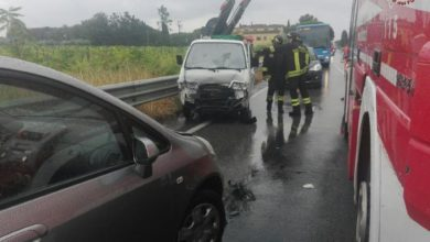 Photo of LIVORNO – Incidente stradale a causa del forte temporale di questa mattina
