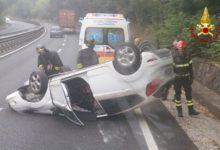 Photo of SIENA – Incidente sulla Autopalio, si ribalta auto a Monteriggioni
