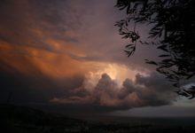 Photo of Codice giallo per pioggia e temporali lungo la costa fino alla mezzanotte di oggi