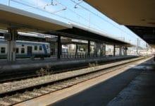 Photo of Borseggiano un turista argentino in partenza dalla stazione di Pisa, due donne arrestate