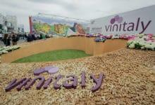 Photo of Vinitaly, al via l'edizione 2019 dal 7 al 10 aprile con Sol&Agrifood e Enolitech
