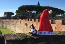 Photo of PISA – Natale sulle Mura, addobbi sostenibili e gran finale con la Befana