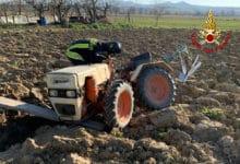 Photo of SIENA – Intervento dei Vigili del Fuoco per liberare uomo sotto mezzo agricolo