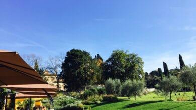 Photo of Distanziatori verdi, griglia e picnic: le risorsedello Chalet Fontana per superare la Fase 2