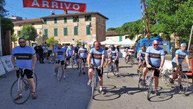 """Photo of AREZZO – """"Chianina Covid"""", la Valdichiana diventa un set per il ciclismo vintage"""