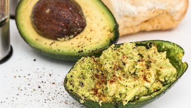 Photo of Avocado: verità e falsi miti di uno dei superfood più amati