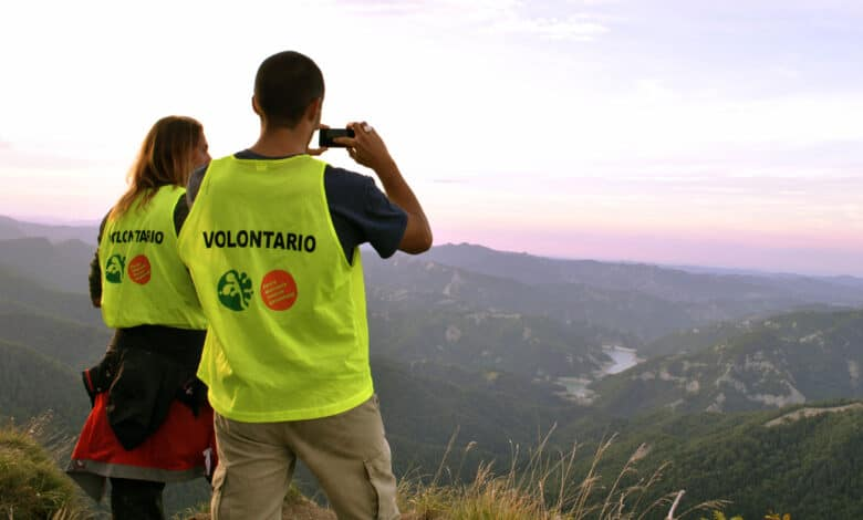 Volontari su Ridracoli